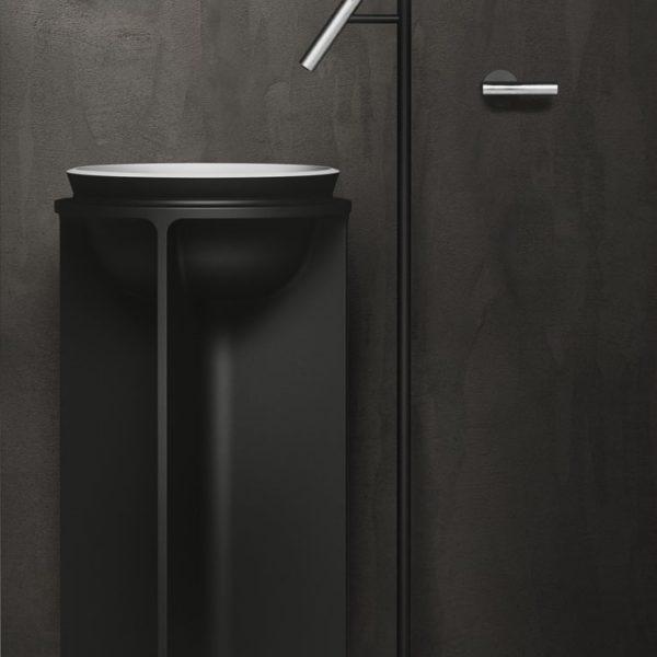 Falper-Paris_lavabo colonne Controstampo cristalplant blanc et noir mat