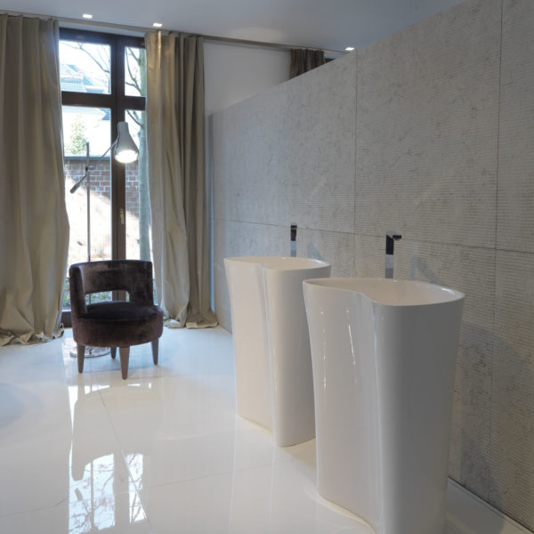 Falper-Paris_lavabo colonne Level 45 Ceramilux blanc brillant