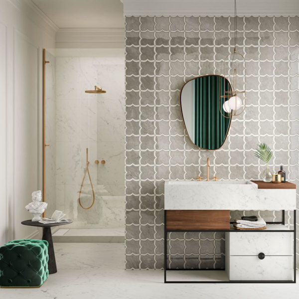 Italgraniti_Grigio Versilia Statuarietto Mosaico Arabesque mix 30x30_Statuarietto Fade 60X120.