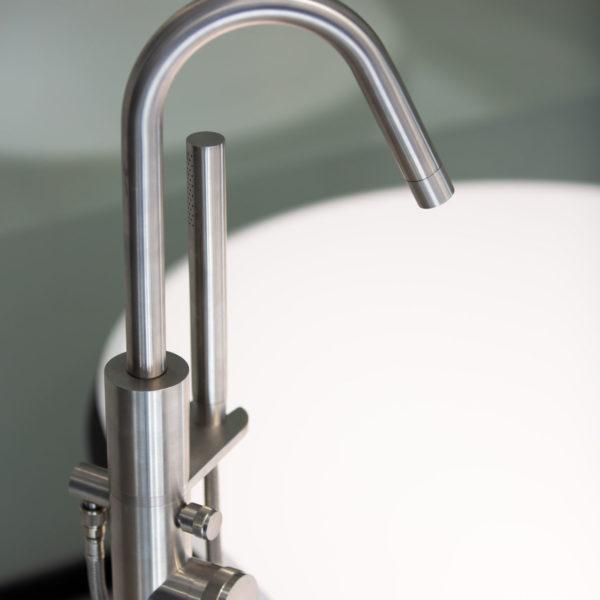 MGS_Mitigeur bain-douche au sol Ergon inox brossé